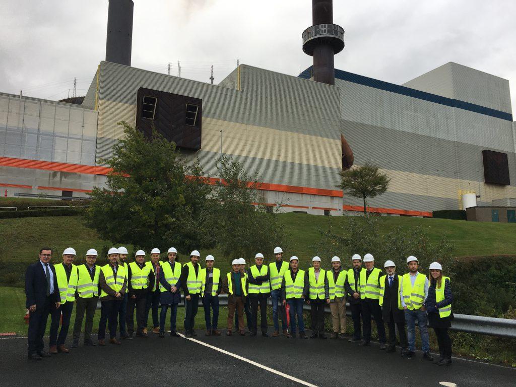 Visita de empresas del grupo a la planta de ZABALGARBI